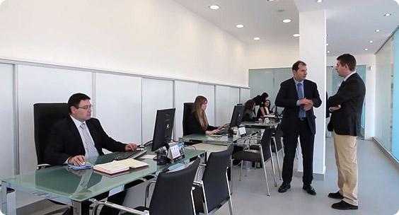 Pedro Amate y su equipo de abogados